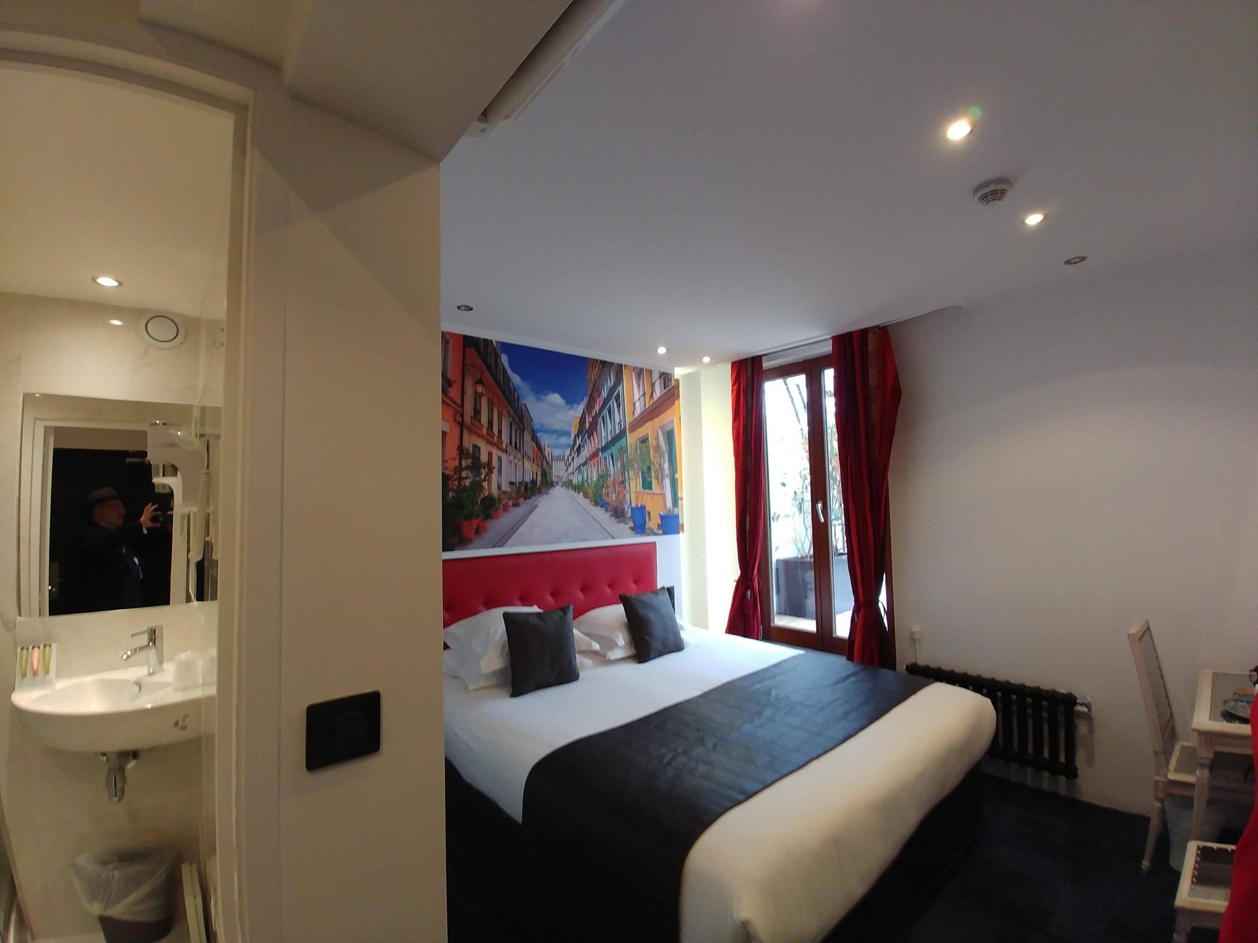 Chambre double supérieure avec balcon 2